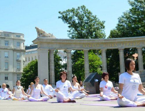 """Die Aufführung """"Yogatage der guten Taten"""" – Wien 2014"""