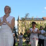 Bezplatné lekce jógy- Cvicte jogu s nami v Parku na Kampe Evropska federace jogy