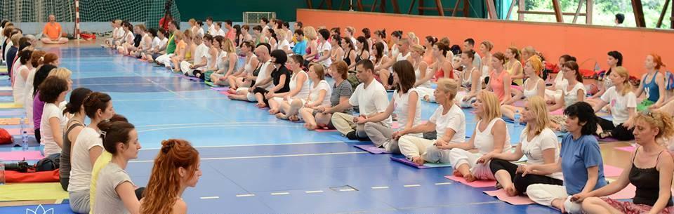Курс подготовки учителеи иоги