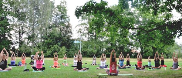 Lekce jogy zdarma v Ceskych Budejovicich - Cvicte jogu s nami
